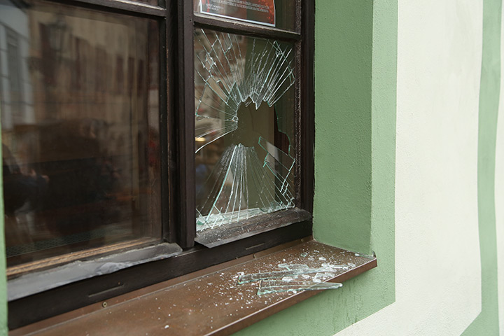 A2B Glass are able to board up broken windows while they are being repaired in West Molesey.
